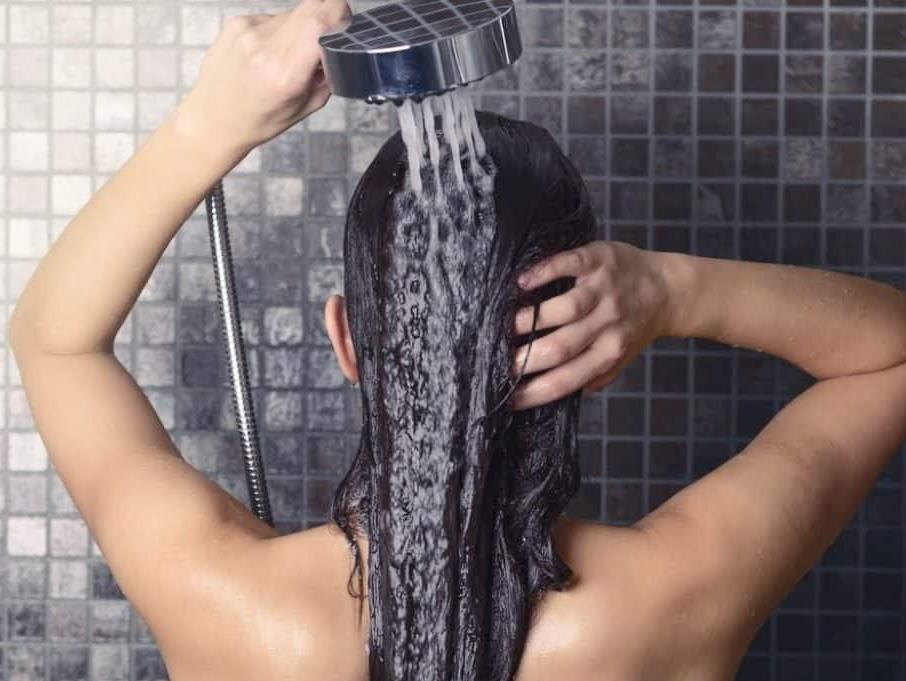 Washing Natural Black Hair – Ultimate Tips & Tricks Revealed!