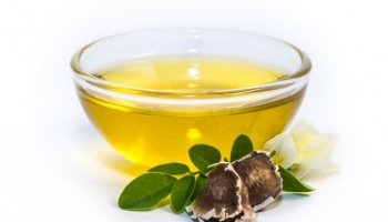 Moringa Oil for Natural Hair Growth