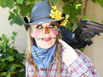 11 Things You Need for a Perfect DIY Scarecrow Costume